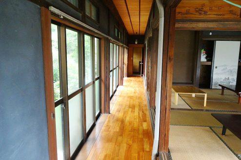 9.庭付き日本家屋|縁側