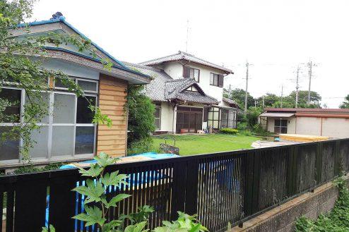 14.城の埼の民家|外観(塀外から)
