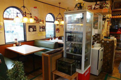6.街の小さな洋食屋さん|店内