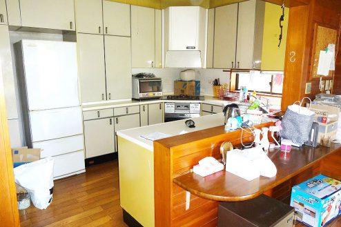 3.庭付き日本家屋|キッチン
