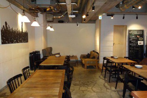 2.麻布十番イタリアンラウンジ|ダイニング・テーブル席
