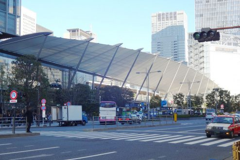 20.八重洲ブックセンター|東京駅方向景観(JR高速バス乗場)