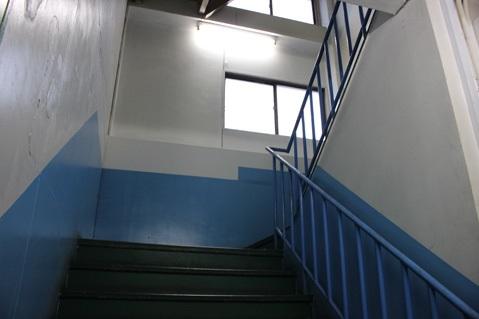 18.スーパーA|バックヤード階段