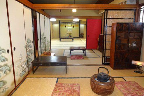 27.Rental studio『コマチ堂』|2F和室(6畳)からお座敷方向