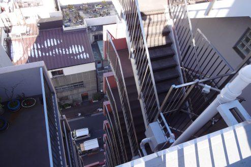 3.亀戸オフィス・倉庫|外階段