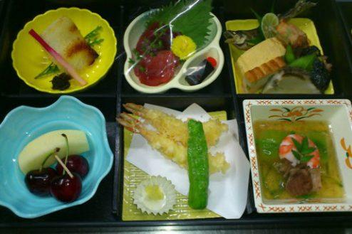 5.魚かし『Ibuki野』|懐石弁当5,000円・ご飯、お椀付※3,000円(税抜)から5個より承ります。