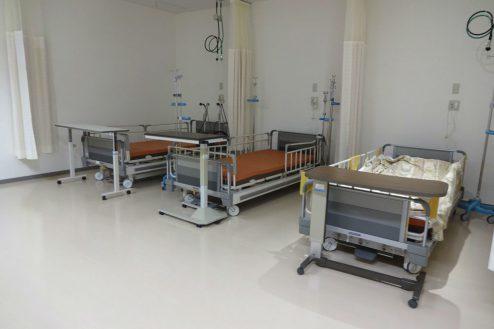 4.港区病院|日帰り治療センター・ベッド