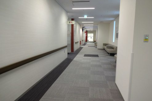 14.港区病院|廊下