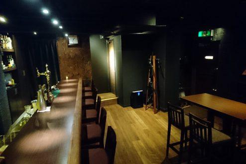 6.Bar John Doe(バー・ジョン・ドー)|カウンター・ホール