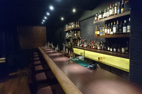 7.Bar John Doe(バー・ジョン・ドー)|約6mのカウンター