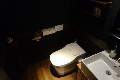 11.下北沢・バー|トイレ
