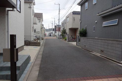 23.一軒家(4LDK+P)|一軒家前道路