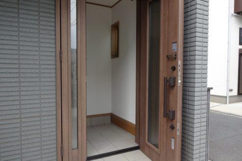 14.一軒家(4LDK+P)|玄関(外)
