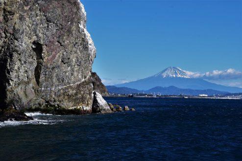 12.小浜プライベート海岸 晴れの日の富士山