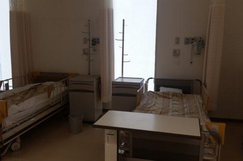 3.港区病院|日帰り治療センター・ベッド