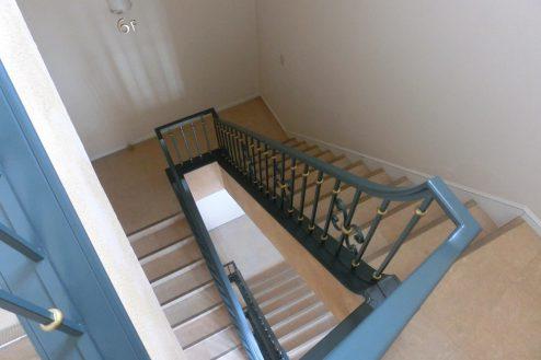 25.東大和オフィス|階段