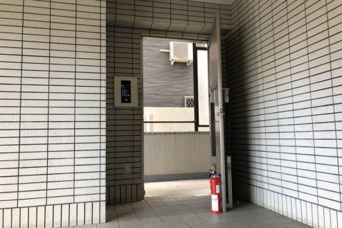 21.府中マンション|共用部ドア