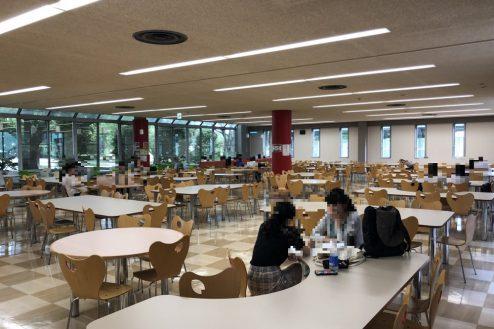 16.女子大新座キャンパス 食堂