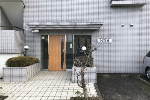 24.府中マンション 外観・入口