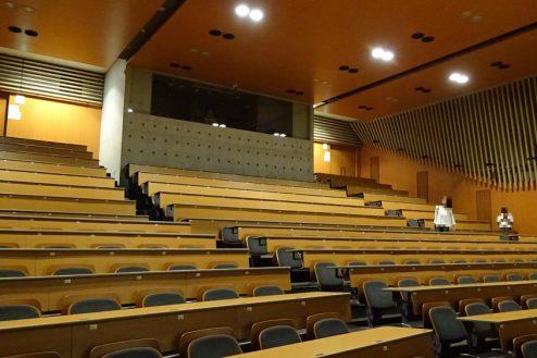 4.女子大新座キャンパス|ホール