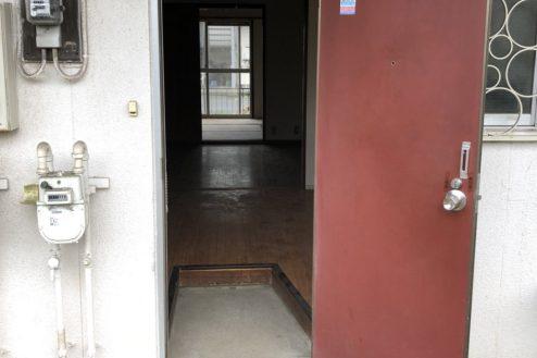6.府中アパート|玄関