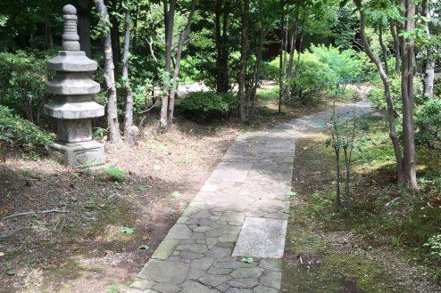 22.坂戸日本家屋|庭園内