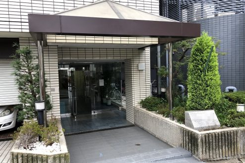 1.西新宿マンションスタジオ共用部|正面玄関