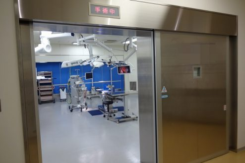 13.手術室|自動ドア