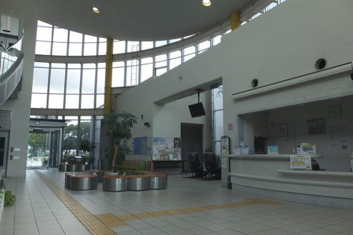 3.埼玉県 県民健康福祉村|ロビー・受付