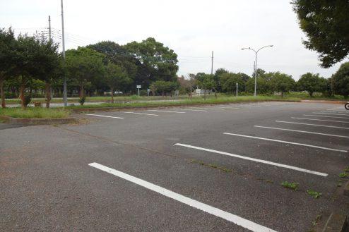 2.臨時駐車場