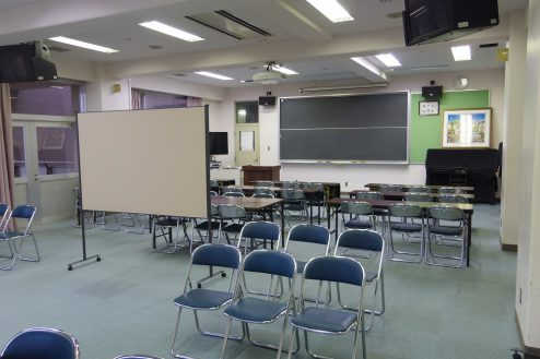 6.埼玉県中学校|視聴覚室