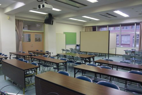 7.埼玉県中学校|視聴覚室