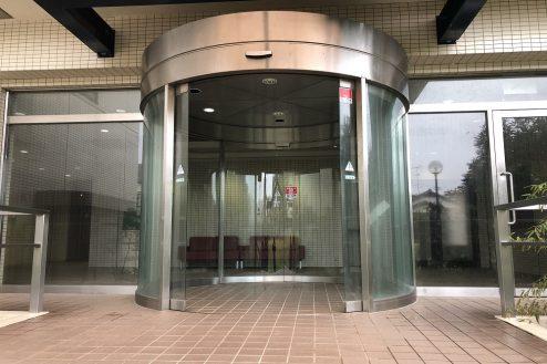 16.茂原一棟マンションスタジオ|正面入口