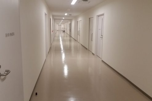 10.港区病院|廊下