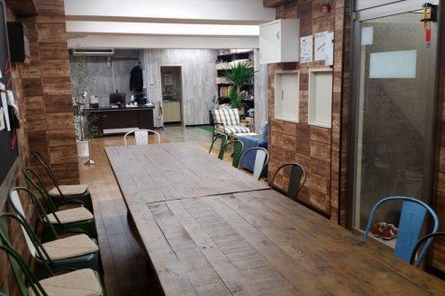 9.神田オフィス|ミーティングスペースから室内