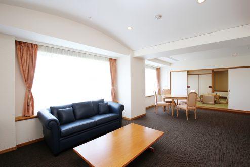 1.ホテルトリニティ書斎|TC