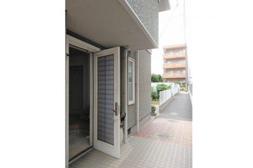 11.スタジオ和洋空間 一軒家|玄関(外)