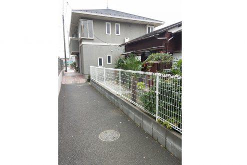 12.スタジオ和洋空間 一軒家|外観(裏)・50m私道