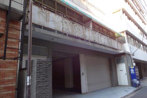 神田倉庫|路地・古い・ビル・駐車場・外観|東京