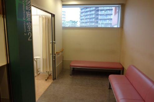 13.墨田区病院|2F診察室前