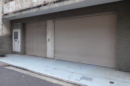13.神田倉庫|倉庫前