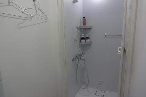 17.麻布十番キッチンスタジオ・フィットネス|2Fシャワー室
