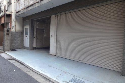 5.神田倉庫|倉庫前