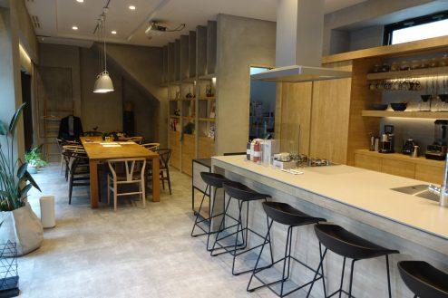 studio FREEDA 麻布十番|控室・会議室・スタジオ・メイク室・シャワー室
