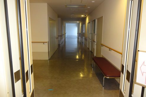17.墨田区病院|2F廊下