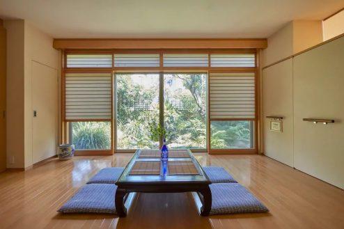 牛込柳町戸建て|一軒家・広い洋室・庭・キッチン・お風呂・スタジオ|東京