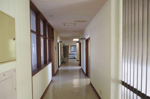 2.佐藤病院|廊下