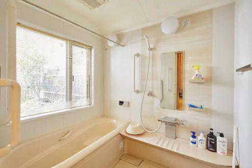 3.牛込柳町戸建て|お風呂