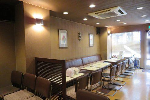 新宿5丁目喫茶店|カフェ・昭和・カウンター・大きな窓・外観|東京