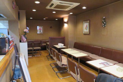 10.新宿5丁目喫茶店|店内